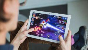 Playing Virtual Games | Online Activities during lockdown